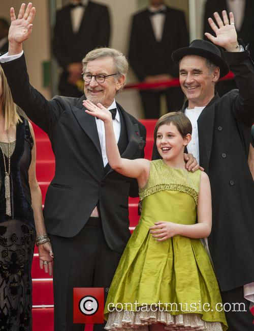 Steven Spielberg, Ruby Barnhill and Mark Rylance 7