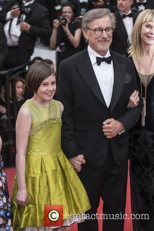 Ruby Barnhill and Steven Spielberg 5
