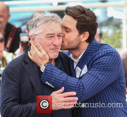 Robert De Niro and Edgar Ramirez 5