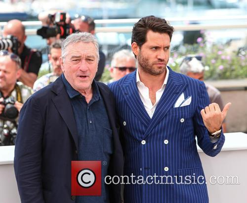 Robert De Niro and Edgar Ramirez 6