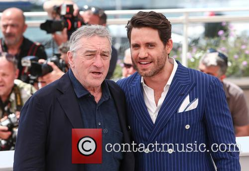 Robert De Niro and Edgar Ramirez 7