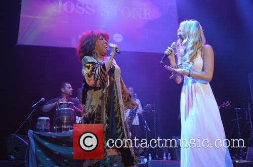 Jocelyn Brown and Joss Stone 1