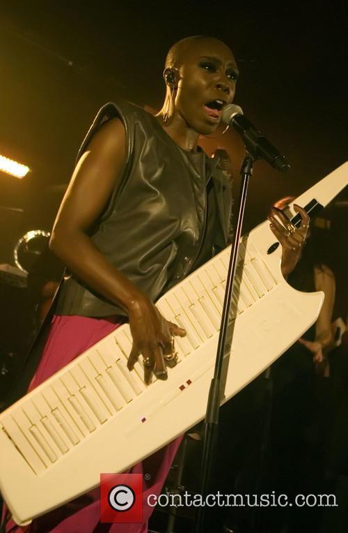 Laura Mvula 8