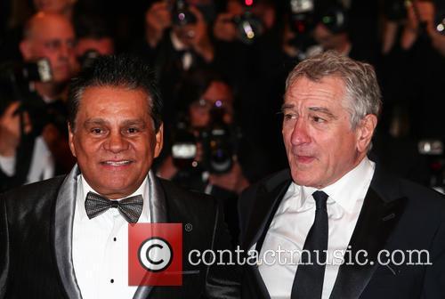 Robert De Niro and Roberto Duran 7