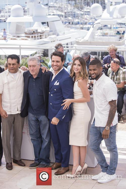Roberto Duran, Robert De Niro, Edgar Ramirez, Ana De Armas and Usher Raymond Iv 3