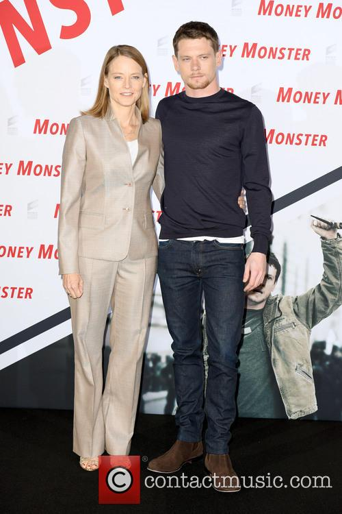 Jack O'connell and Jodie Foster 3