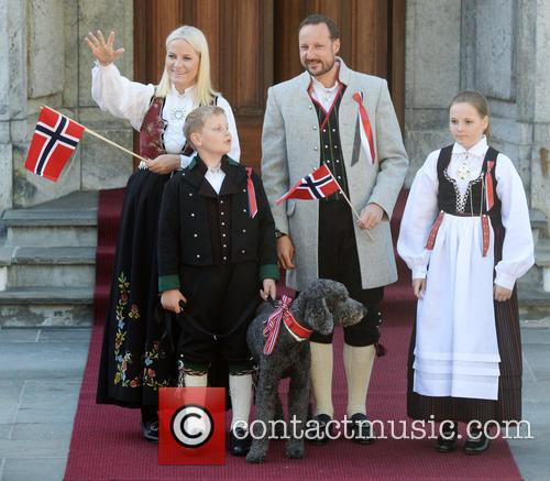 Crown Princess Mette- Marit, Crown Prince Haakon, Princess Ingrid Alexandra and Prince Sverre Magnus 2
