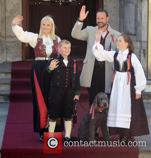 Crown Princess Mette- Marit, Crown Prince Haakon, Princess Ingrid Alexandra and Prince Sverre Magnus 8