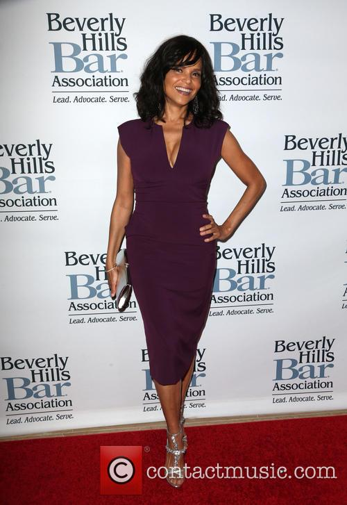 Victoria Rowell 7