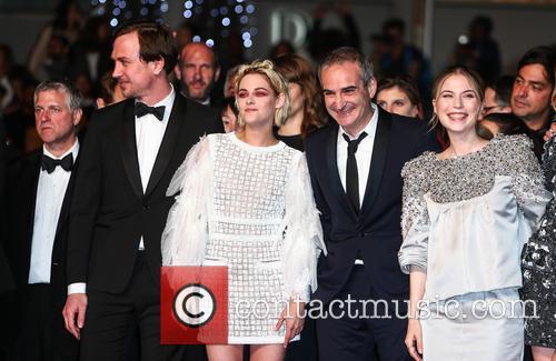 Lars Eidinger, Kristen Stewart, Olivier Assayas and Nora Von Waldstaetten 7