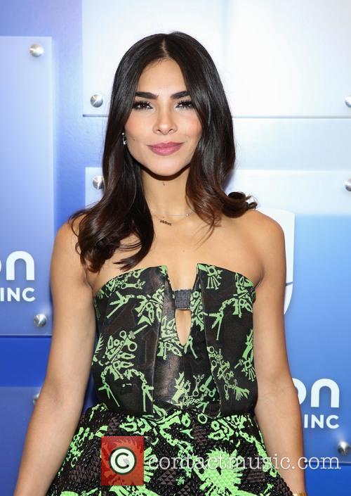 Alejandra Espinoza 4