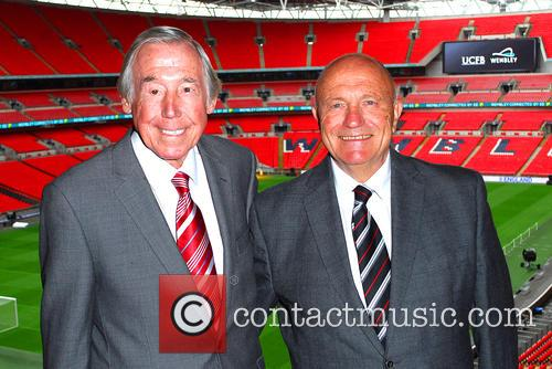Gordon Banks and George Cohen 3