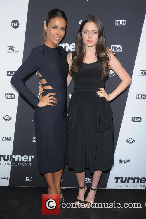 Daniella Alonso and Molly Gordon 1