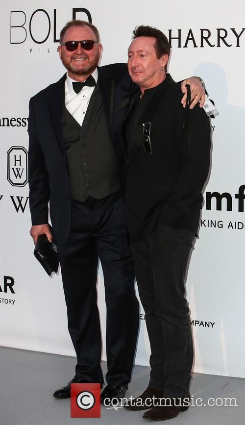 Julian Lennon and Kevin Frost 7
