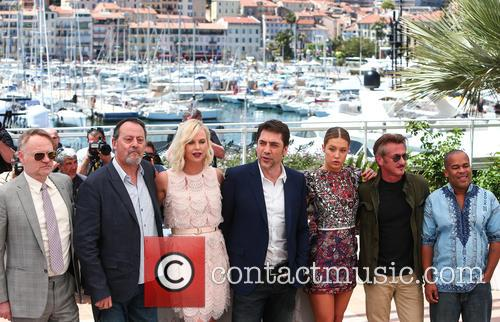 Jean Reno, Charlize Theron, Javier Bardem, Adele Exarchopoulos, Sean Penn and Zubin Cooper 4