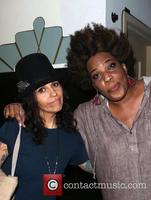 Linda Perry and Macy Gray 4