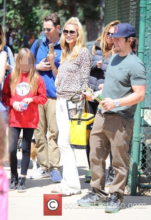 Heidi Klum, Leni Samuel and Mark Wahlberg