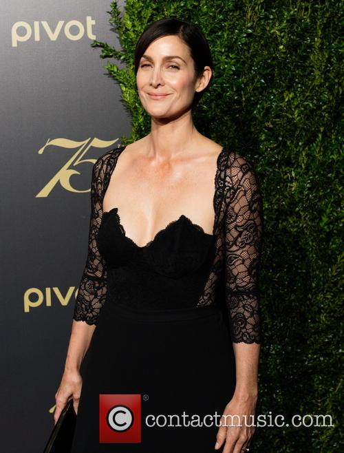 Carrie-anne Moss 1