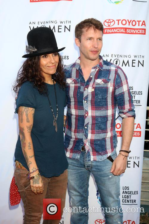 Linda Perry and James Blunt 2