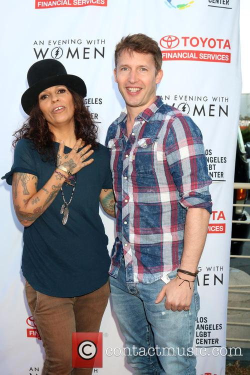 Linda Perry and James Blunt 5