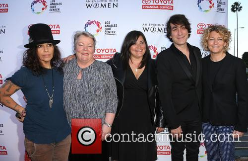 Linda Perry, Lorri L. Jean, Annie Goto, Brent Bolthouse and Kelly Lynch 8