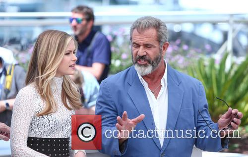 Erin Moriarty and Mel Gibson 5
