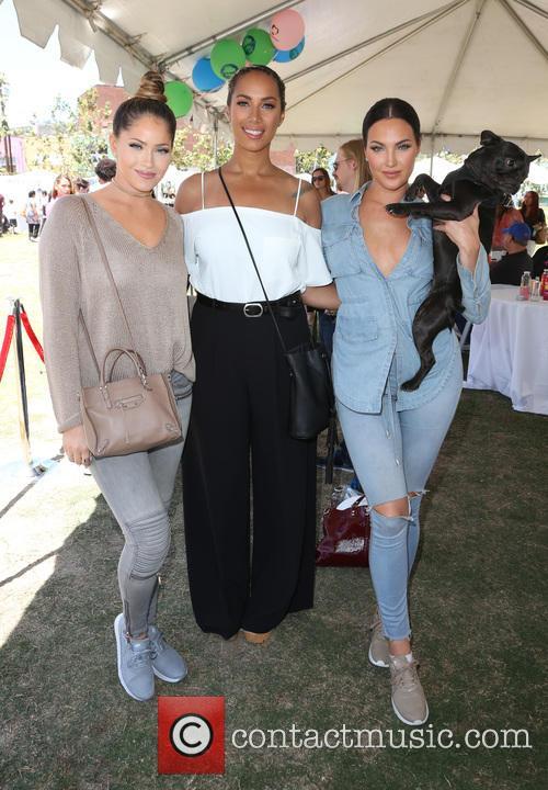 Olivia Peirson, Leona Lewis and Natalie Halcro 5