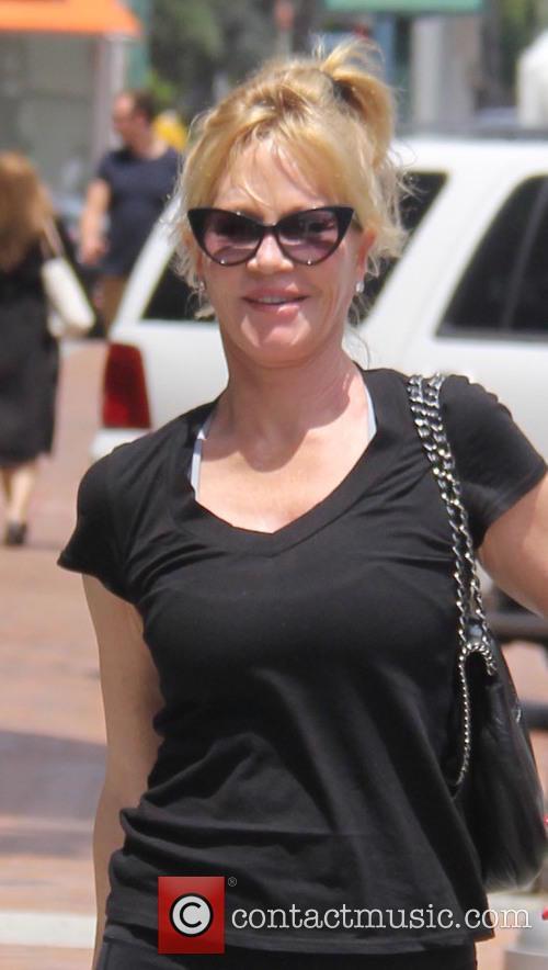 Melanie Griffith 4