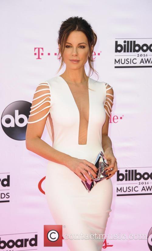 Kate Beckinsale 5