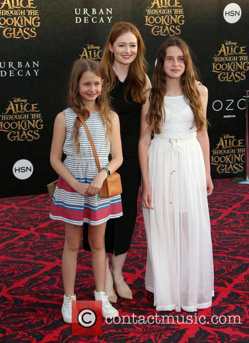 Miranda Otto and Darcey O'brien 1