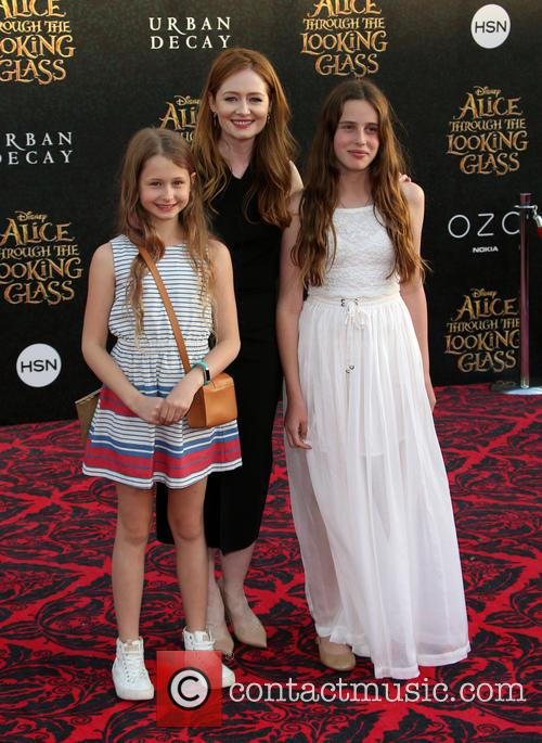 Miranda Otto and Darcey O'brien 3