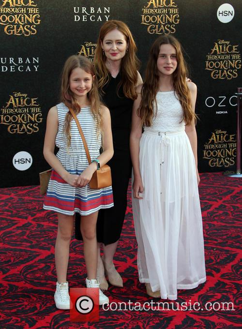 Miranda Otto and Darcey O'brien 6