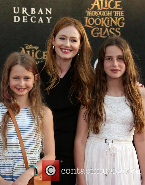 Miranda Otto and Darcey O'brien 8