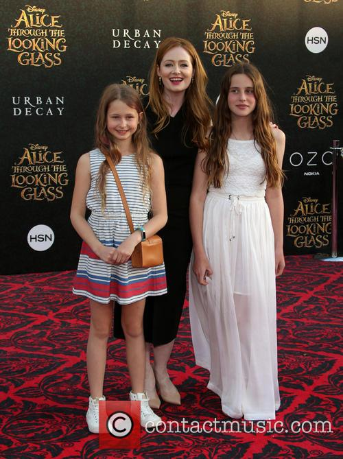 Miranda Otto and Darcey O'brien 9