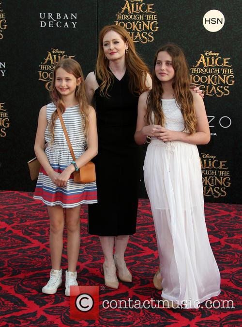Miranda Otto and Darcey O'brien 10
