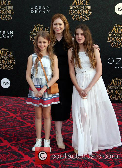 Miranda Otto and Darcey O'brien 11