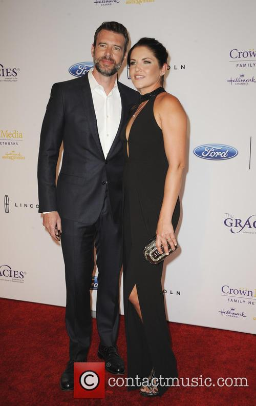 Marika Dominczyk and Scott Foley 1