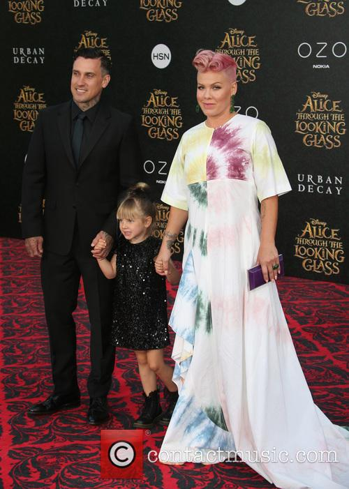 Carey Hart, Willow Sage Hart and Alecia Moore Aka Pink 2
