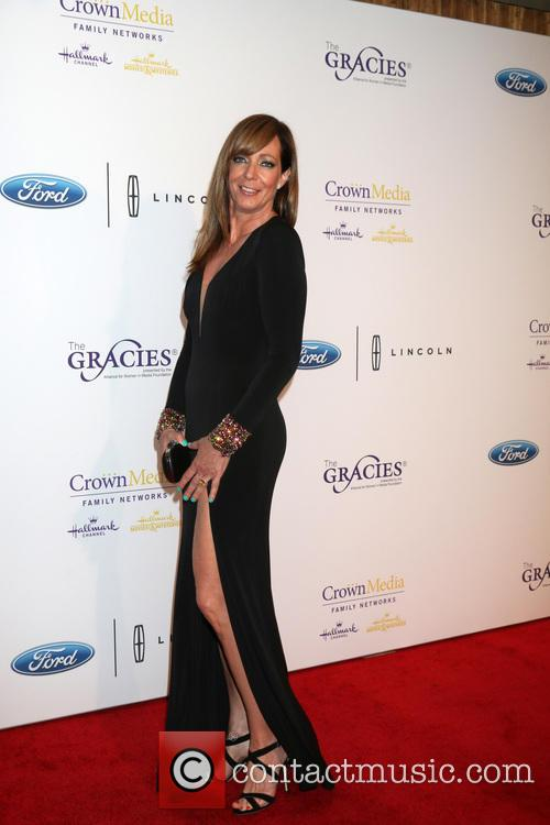Allison Janney 7