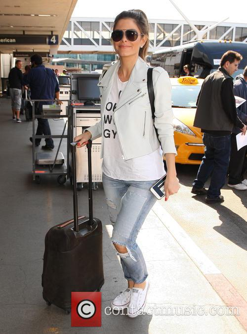 Maria Menounos arrives at Los Angeles International (LAX)...