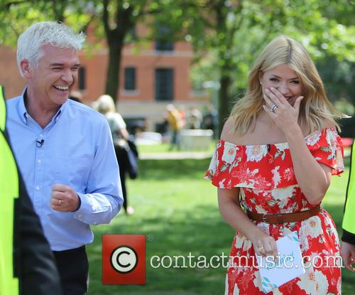 Holly Willoughby and Phillip Schofield 8