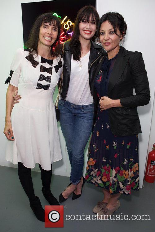 Zoe Grace, Daisy Lowe and Pearl Lowe 3