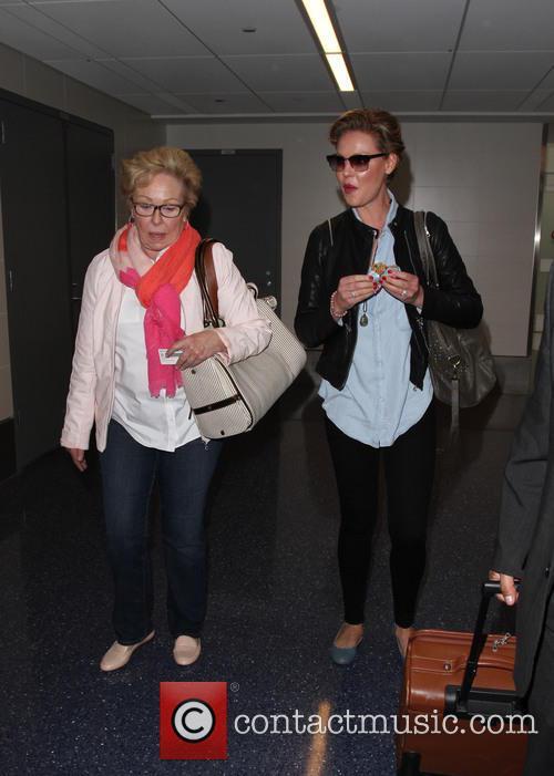 Katherine Heigl and Nancy Heigl 5
