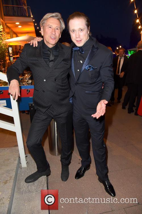 Michael Kind and Timo Jacobs 1