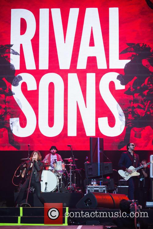 Jay Buchanan, Scott Holiday, Mike Miley and Rival Sons 4