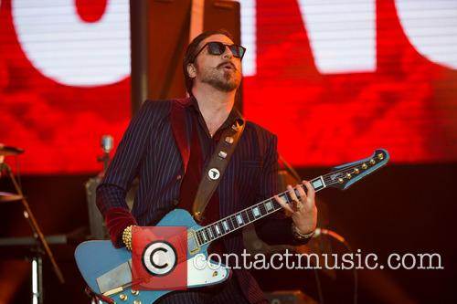 Scott Holiday and Rival Sons 5