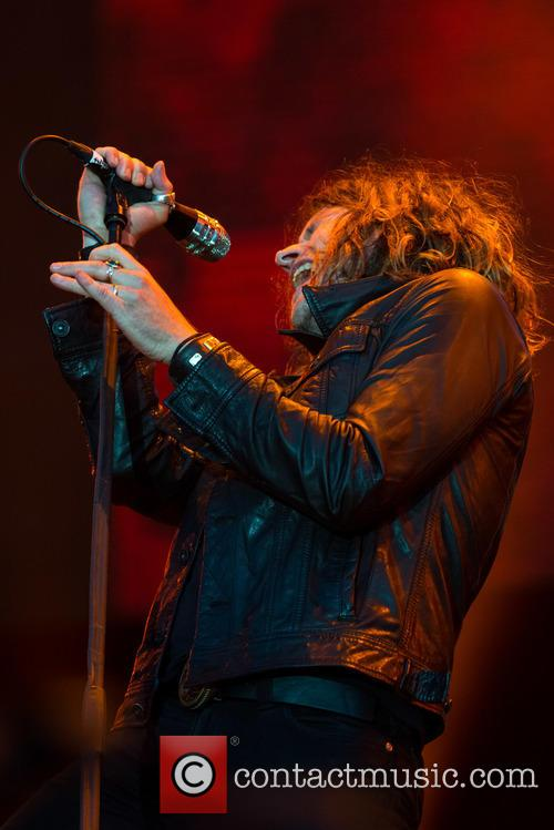 Jay Buchanan and Rival Sons 8