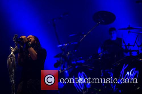 Jonathan Davis, Ray Luzier and Korn 2