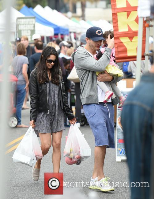 Ashton Kutcher hides Wyatt's face as he and Mila Kunis go shopping