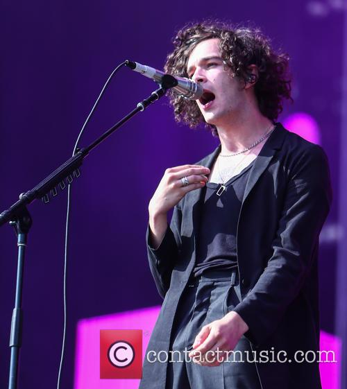 Matthew Healy and The 1975 3